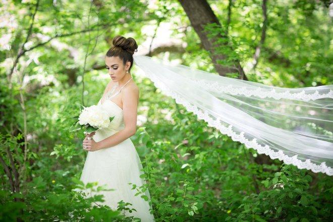 View More: http://jaymariestudios.pass.us/stylizedbridalshoot